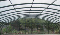 Mögliche Aufteilung der Verglasungsarten Dach 10mm Doppelstegplatte Seiten und Wände in 4mm Polycarbonat Klarglas