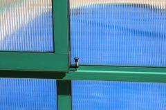 Verglasung mit 10 mm Doppelstegplatte